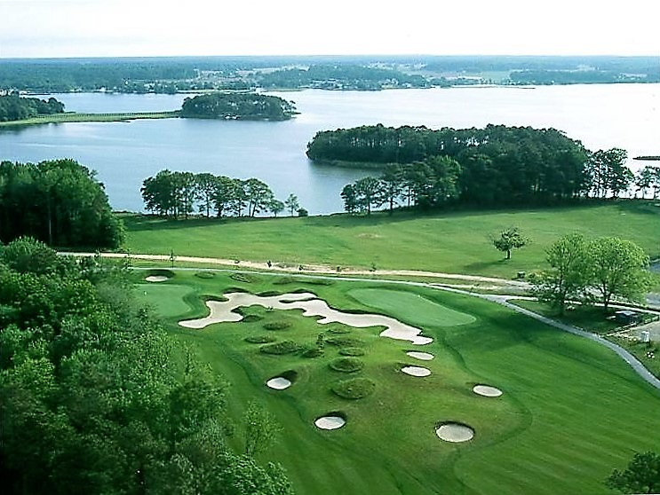 10 Gorgeous Golf Courses For Sale Page 2