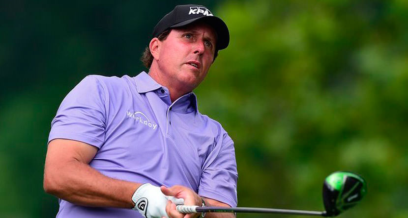 Phil Signs Lifetime Contract with Callaway