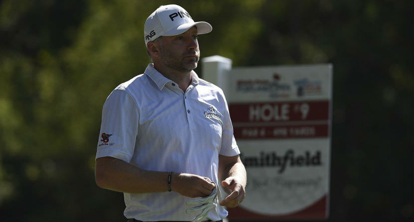 Pro Gives Up Shot at Tour Card for Family