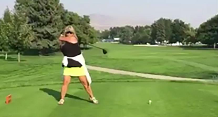 Woman's Unorthodox Swing is Ugly Yet Effective
