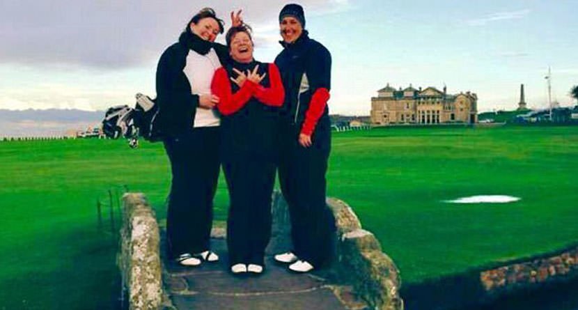 Inmate on Day Release Plays the Old Course
