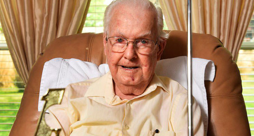 93-Year-Old Makes First Hole-In-One During Final Round Of Golf