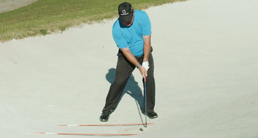 Learn The Proper Way To Play Bunker Shots