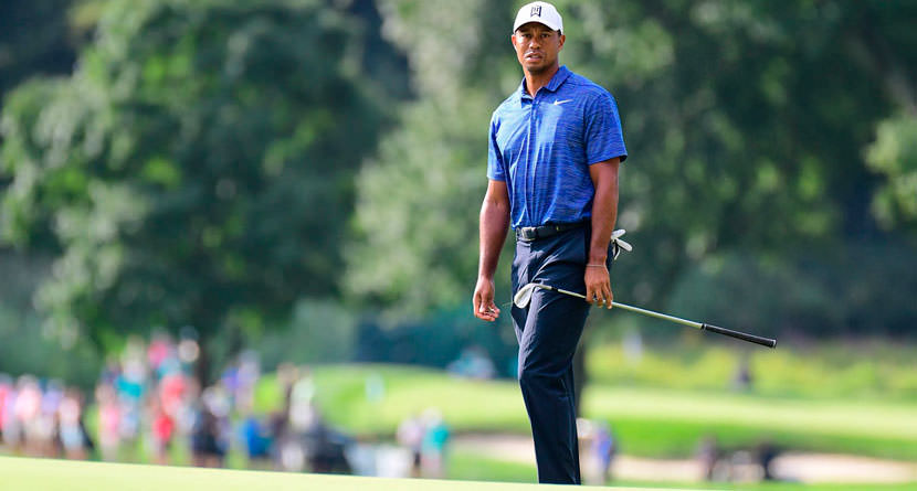 """Tiger's Sweet """"Grab And Go"""" Pitch Shot"""