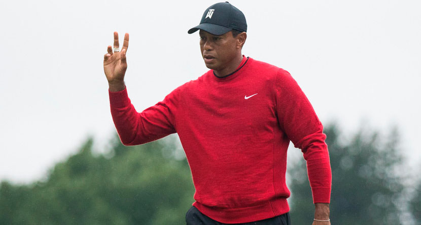 Tiger's Chip-In Ignites Monday Charge