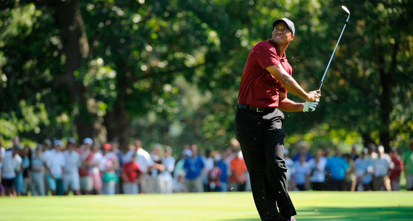 """Tiger's """"All-Universe"""" Birdie At The '09 BMW"""