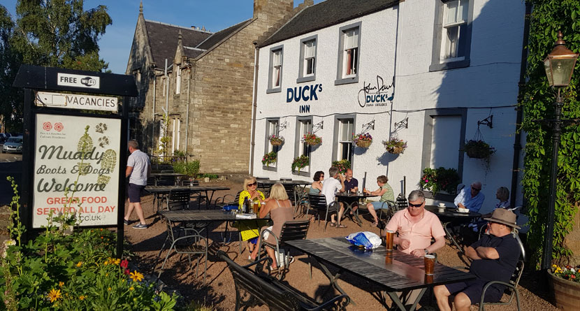 Duck's Inn – A Truly Unique Stay On Scotland's Golf Coast