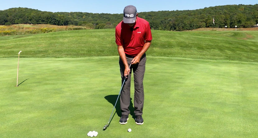 Get A Greasy, Tension-Free Putting Stroke
