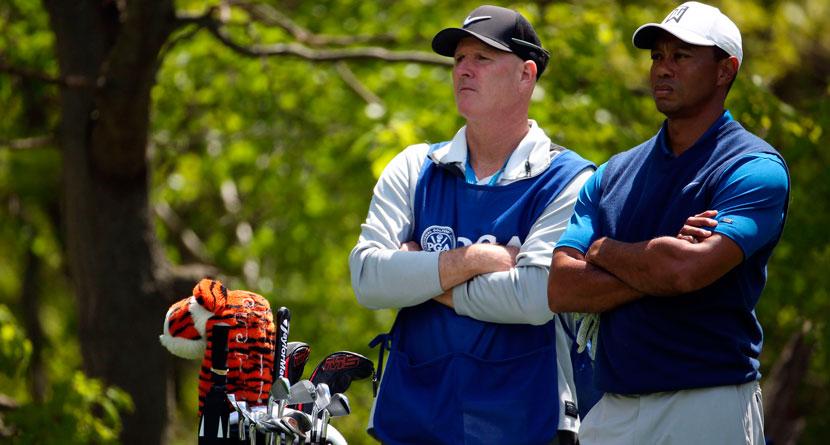 Bidder Pays $75,000 To Be Tiger's Caddie For A Round