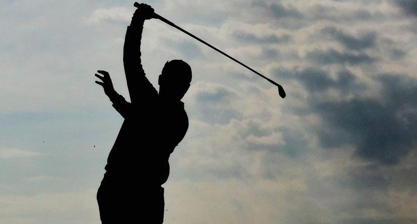 Golfer Makes 21 On Hole, Still Signs His Scorecard