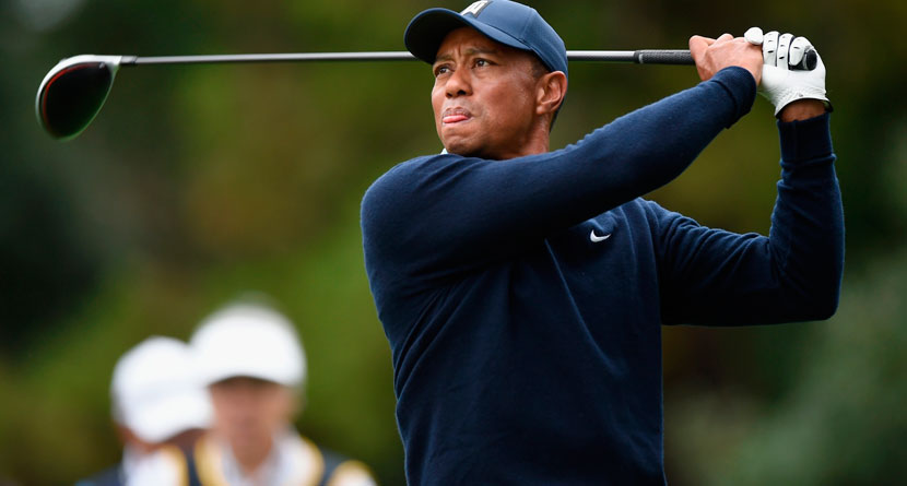 Tiger Overcomes Awful Start To Lead Zozo Championship