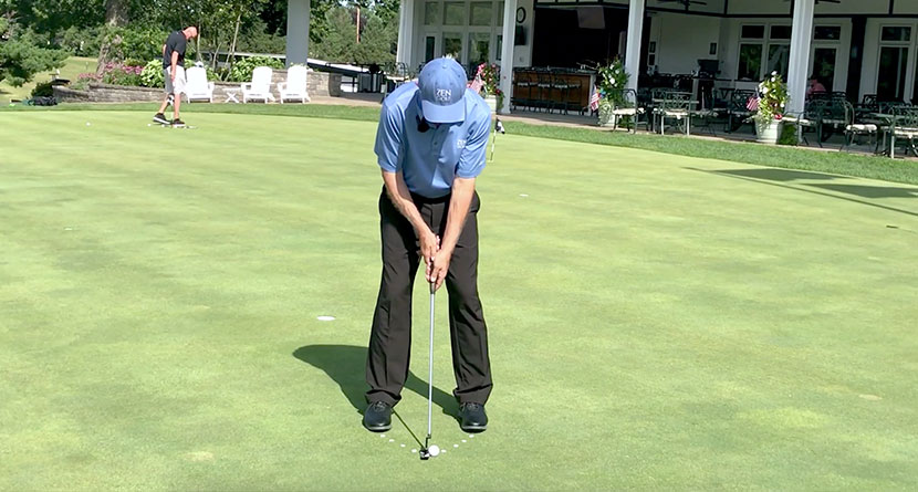 A Simple Way To Ensure A Square Putting Stance