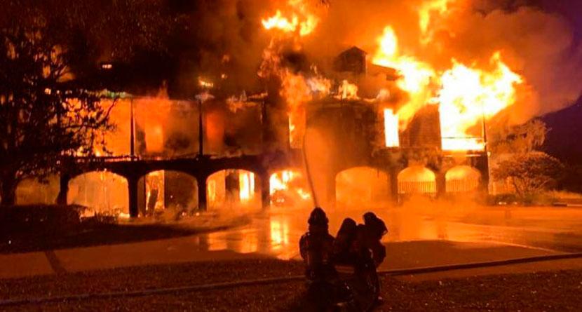 Davis Love III's Sea Island Mansion Destroyed In Fire