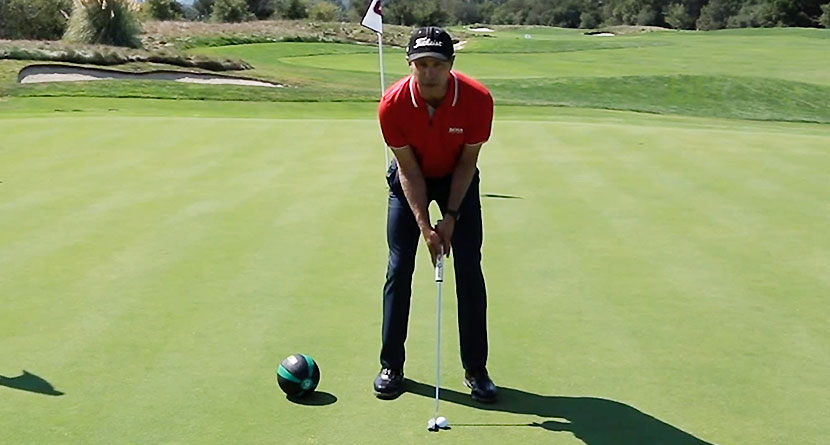 Make More Putts With A Consistent Setup